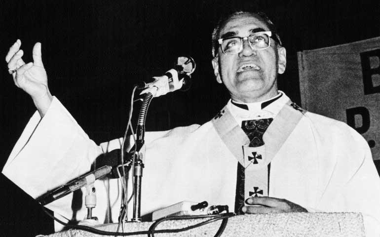 Romero-preaching