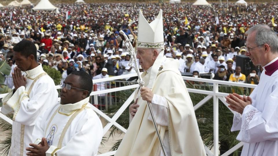 Pape à Madagascar: homélie de la Messe et Angelus à Soamandrakizay