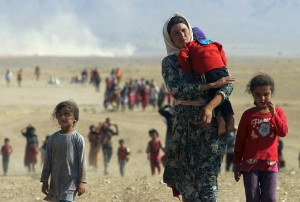 Displaced people flee violence in Iraq