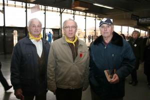 (g. à d) Gérard Loiselle, Daniel Thauvette et Henri-Paul Ferdais, de la paroisse La Nativité à Cornwall (Photo : DI MATTEO)