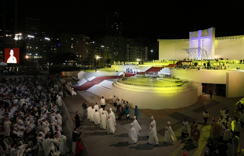Bishops arrive for opening ceremony of World Youth Day in Rio