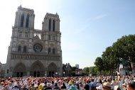 Le parvis de Notre-Dame de Paris le 26 juin 2010